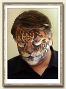 Аквагрим - это различные рисунки, которые наносят на лицо или тело специальными красками.